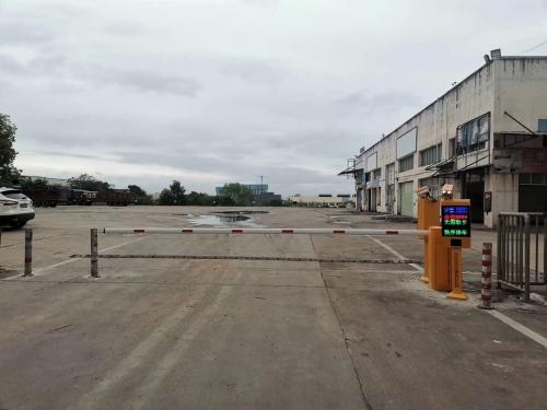 【产品案例】赣州车头大车专用停车场